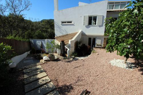 3 bedroom Village house with garden in Portals Nous